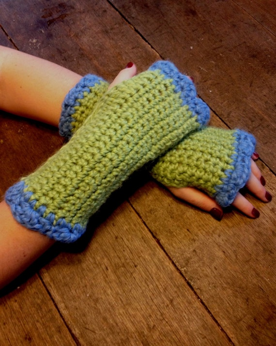 Fingerless Snuggle Gloves