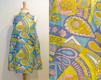 1960s Dress / Vintage Psychedelic Print Mod Mini Dress