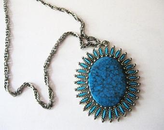 Vintage Faux Turquoise Medallion Necklace