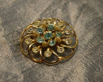 Vintage 1950's Aquamarine Rhinestone and Yellowing Pearl Golden Basket Brooch