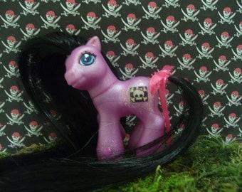My Little Pony - Baby Purple Pirate!