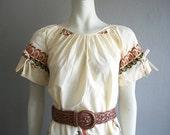 70s peasant style INDONESIAN PRINT shift dress size medium
