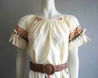 70s peasant style INDONESIAN PRINT shift dress size medium