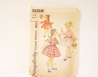 Vintage 1960s Girl's dress Simplicity Pattern 3058 Size 6
