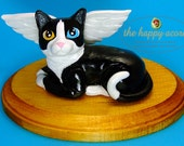 Pet Portrait Cat or Dog Figurine Keepsake or Memorial Sculpture - by The Happy Acorn