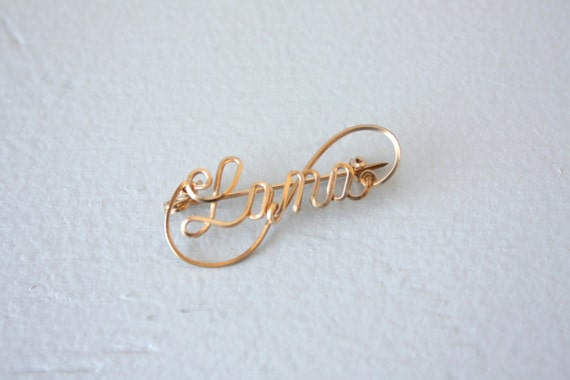 Name brooch 12 kt gold brooch gold metal pin 1940s gold wire