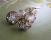 Antique Rhinestone Button Earring with Frosted White