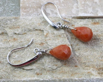 Carnelian stone earrings, briolette bead, brown stone jewelry, dangle earring