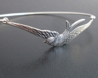 Silver Bird Bracelet, Swallow Bracelet, Nature Gift for Bird Lover, Bird Bangle Bracelet, Silver Jewelry, Silver Bracelet, Silver Bangle