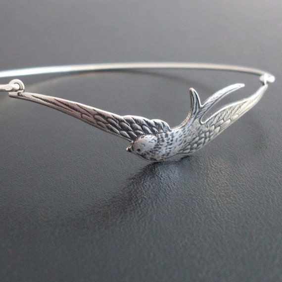 Silver Bird Bracelet, Swallow Bracelet, Bird Bangle Bracelet, Silver Jewelry, Silver Bracelet, Gift for Bird Lover, Silver Bangle Bracelet