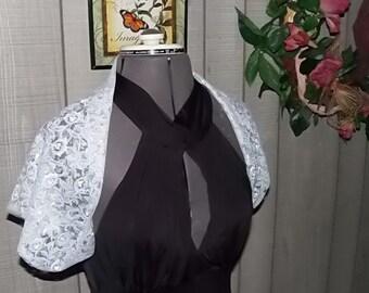 Bridal Shrug White Vintage Lace Bridal Shrug for Wedding Dress Brides Shawl Cover up for Strapless or Off Shoulder Wedding Dress