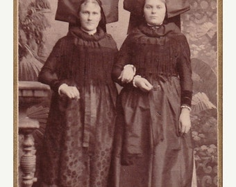 Carte de Visite - Young Women in Traditional Dress - Alsace Region of France