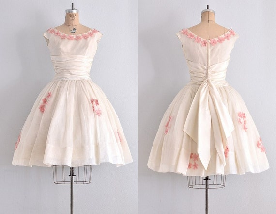 Vintage ann es 50 robe cr me organdi robe 50 par - Robe des annees 50 ...