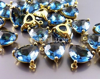 2 blue sapphire triangle glass pendants, colorful glass stone charms, jewellery supplies 5127G-BS (bright gold, blue sapphire, 2 pieces)