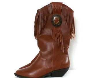 Vintage Brown Leather Fringe Boots // Size 6 1/2