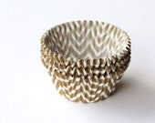 50 Gold Chevron Cupcake Liners, Gold Wedding Baking Cups, New Year's Eve Party, Anniversary Party