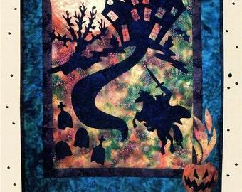 Haunting Hoofbeats Halloween Headless Horseman Quilt Pattern DSD-162