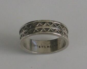 SALE Size 7 Vintage Sterling Ring