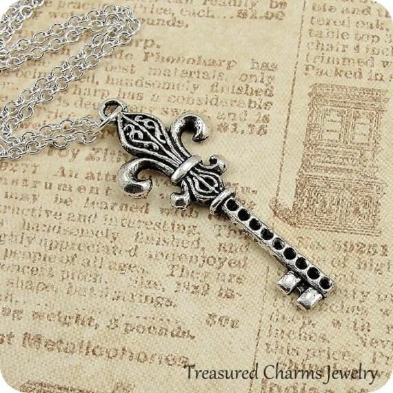 Fleur De Lys Key, Silver Plated Fleur De Lis Pendant on a Silver Cable Chain