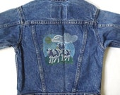 vintage 1980's childrens levi's blue denim jean jacket sz 4 childs kids clothing coat cow farm farmland retro modern outerwear button up