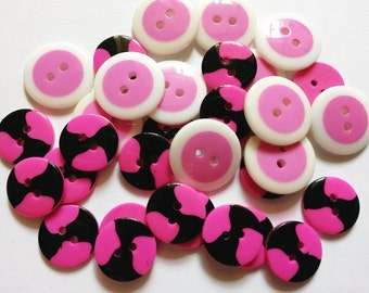 28 pcs Cute Retro Buttons mix pink