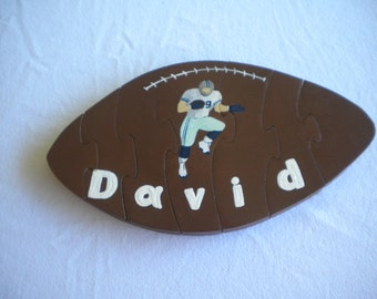 Football puzzle, name puzzle, personalized, wooden puzzle, handmade puzzle, educational toy, football shape, sports decor, Child's name