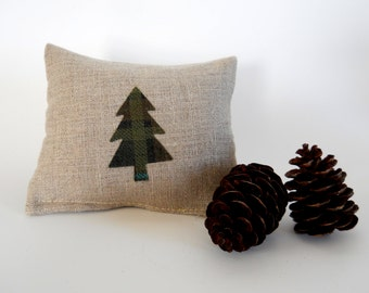 Balsam Fir Sachet in Linen with Mini Plaid Tree Applique - Olive and Teal Plaid Tree - Balsam Fir Sachet