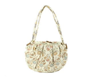 Vintage 70s Floral Bag Huge Purse Needlepoint Tapestry Purse Ivory Hobo Bag Shoulder Tote Womens Fashion Accessories 1970s Book Bag