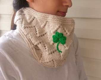 St Patricks Day Gift, Shamrock Cowl, Shamrock Scarf, 3 Leaves Clover, Knitted Cowl, Infinity Scarf, Zigzag, Chevron Knit