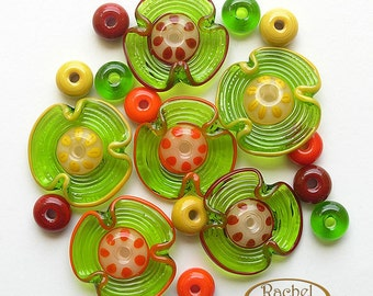Lampwork Flowers Glass Beads, FREE SHIPPING, Set of Handmade Grass Green Glass Disc Beads - Rachelcartglass