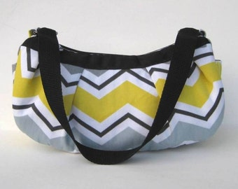 Small Pleated Shoulder Bag in Yellow and Gray Chevron