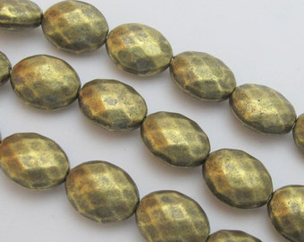 Faceted Brass tone metal beads - 10 beads -  BD432