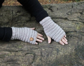 Knitted beige mittens, wooly gloves, fingerless wrist warmers, autumn gloves, knitwear UK, gift guide