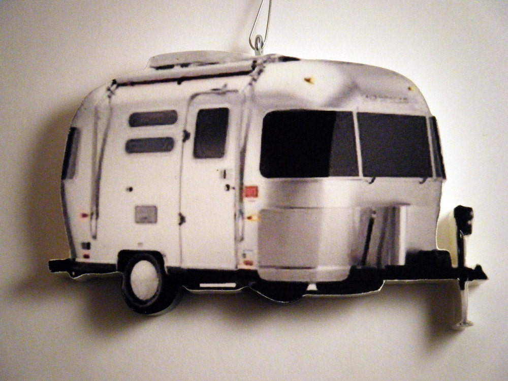 Silverstream airstream camper christmas ornament for Airstream christmas decoration