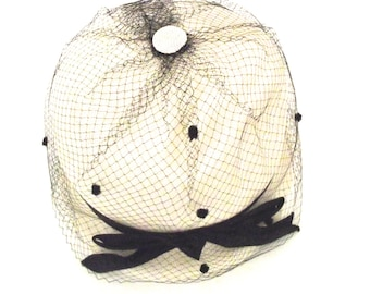 Sale 50% Off, Vintage Ladies Hat in White and Black