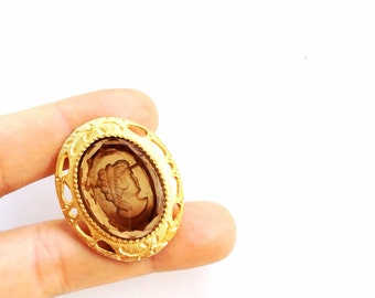 reversed Cameo glass brooch oval gold etched reversed cameo classic jewelry
