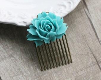 Vintage Style Teal Green Flower Hair Comb. hair clip.  filigree barrette. hair accessory. vintage wedding