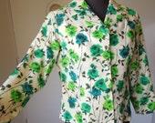 LAST CHaNCE SALE Vintage 60's Floral Jacket, PRETTY Green and White Rose Pattern, Small to Medium Bust 36