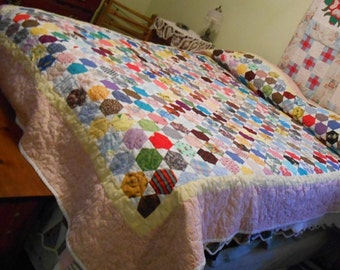 "Beautiful handmade ""I spy"" quilt 98"" x 73"", handcrafted, custom made quilt, unique quilt, what do you see?, queen size, quilt for everyone"