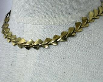 8KT Art Deco Rare  European Necklace