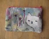 The spy cat. Coin purse