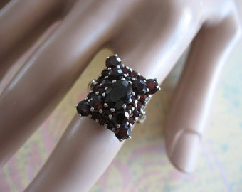 Gorgeous Garnet Vermeil Ring Size 6 1/2