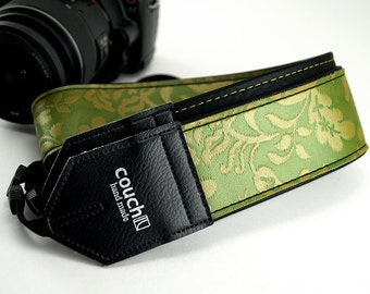 The Limited Edition Byloos II - Floral Camera Strap