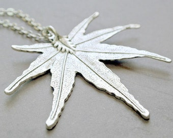 Maple Leaf Necklace, Maple Leaf Jewelry,Leaf Necklace, Fall Leaf Jewelry,Everyday Necklace