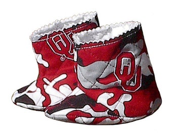 OU Oklahoma Sooners Camo Baby Cowboy Boots, handmade quilted university boy girl infant shoes s2