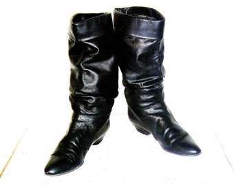 Vintage 1980's Black Leather Italian Knee-High Slouch Boots with Heel by Sudini Women's Size 9