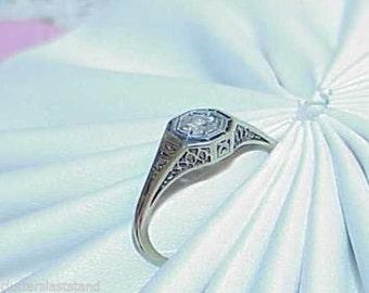 14K White Gold Art Deco Ring Filigree Solitaire Diamond .20ct Antique Estate Size 7
