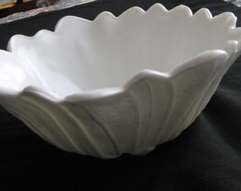 Vintage Indiana Glass Lily Pons Milk Glass Deep Nappy Bowl