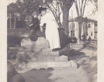 Two Ladies and a Cannon - Vintage Photograph, Vernacular, Found Photo, Ephemera  (HHH)