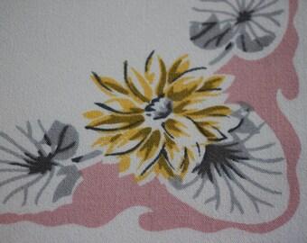 NAPKINS - LILY PADS - pink - grey - yellow - set of 4